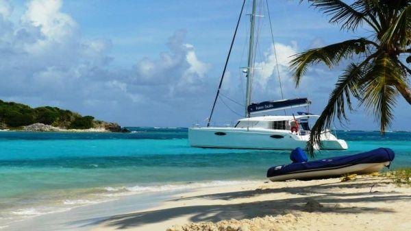 Partir aux Grenadines